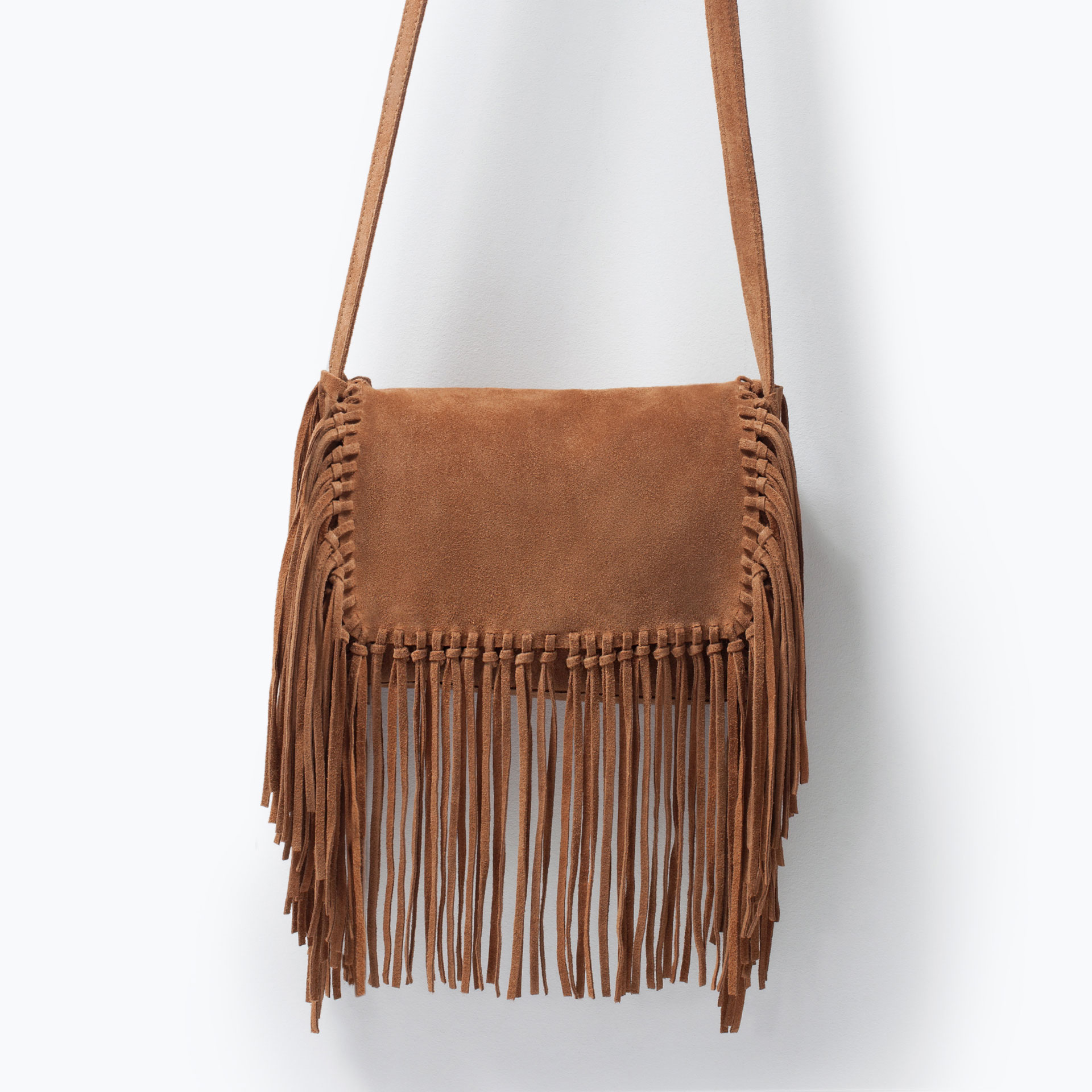 8 BAGS TO EMBRACE FRINGE on The Hunt