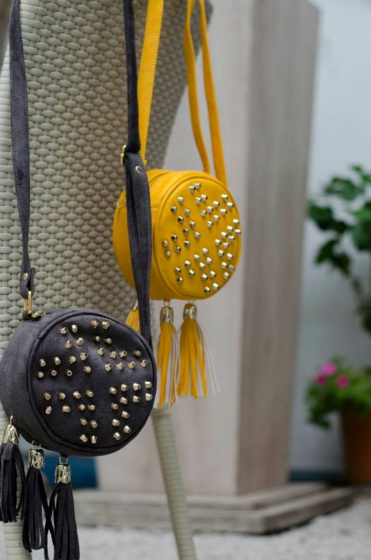 Ank Round Studded Sling