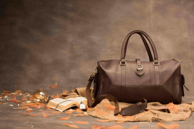 TheBagTalk Leather Duffle Bag